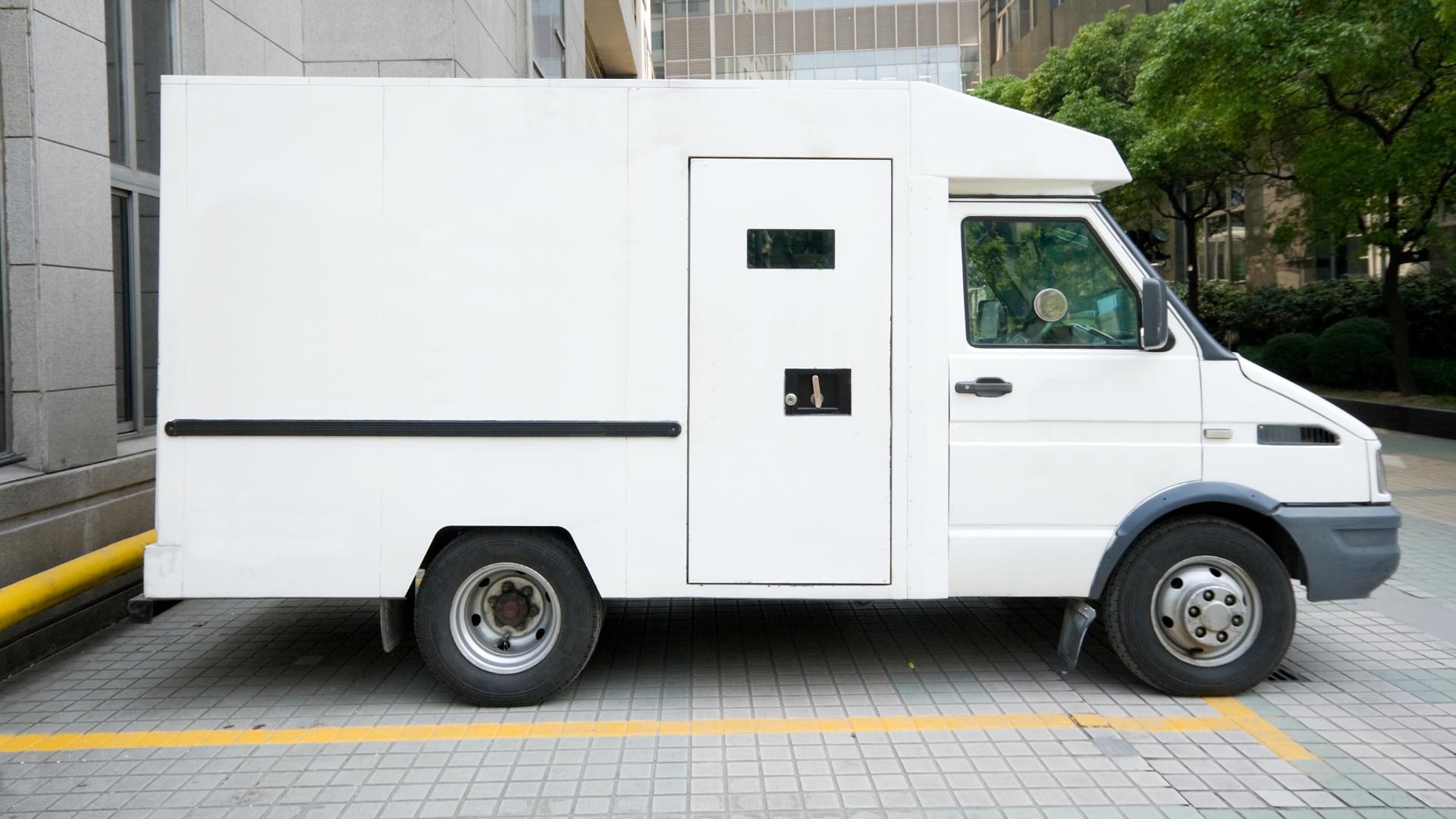 Transport samochodem opancerzonym